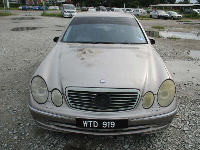 MERCEDES BENZ E240 | Lelongtips.com.my