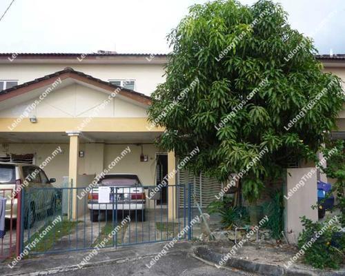 Lelong auction 2 storey terrace house in taman pekatra for Terrace 9 penang